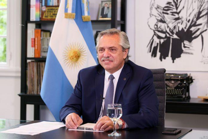Fernández convoca al Consejo con la mira en la carrera entre salarios e inflación