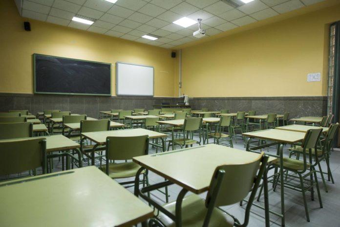 Las escuelas de gran parte del país están cerradas desde marzo, cuando comenzó el aislamiento por la pandemia. (Archivo)
