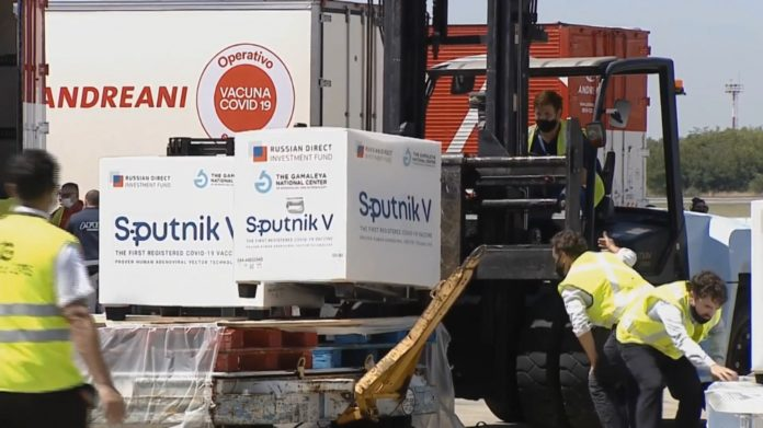 La segunda tanda de dosis de la Sputnik V se enviará a las provincias en las próximas horas