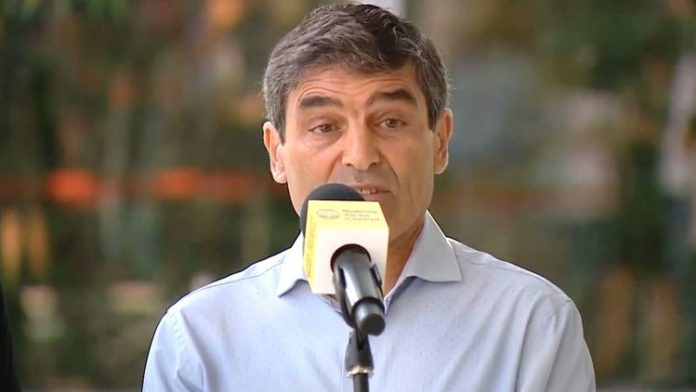"""El ministro de Salud porteño también advirtió que """"la comunicación a la población debe ser clara""""."""