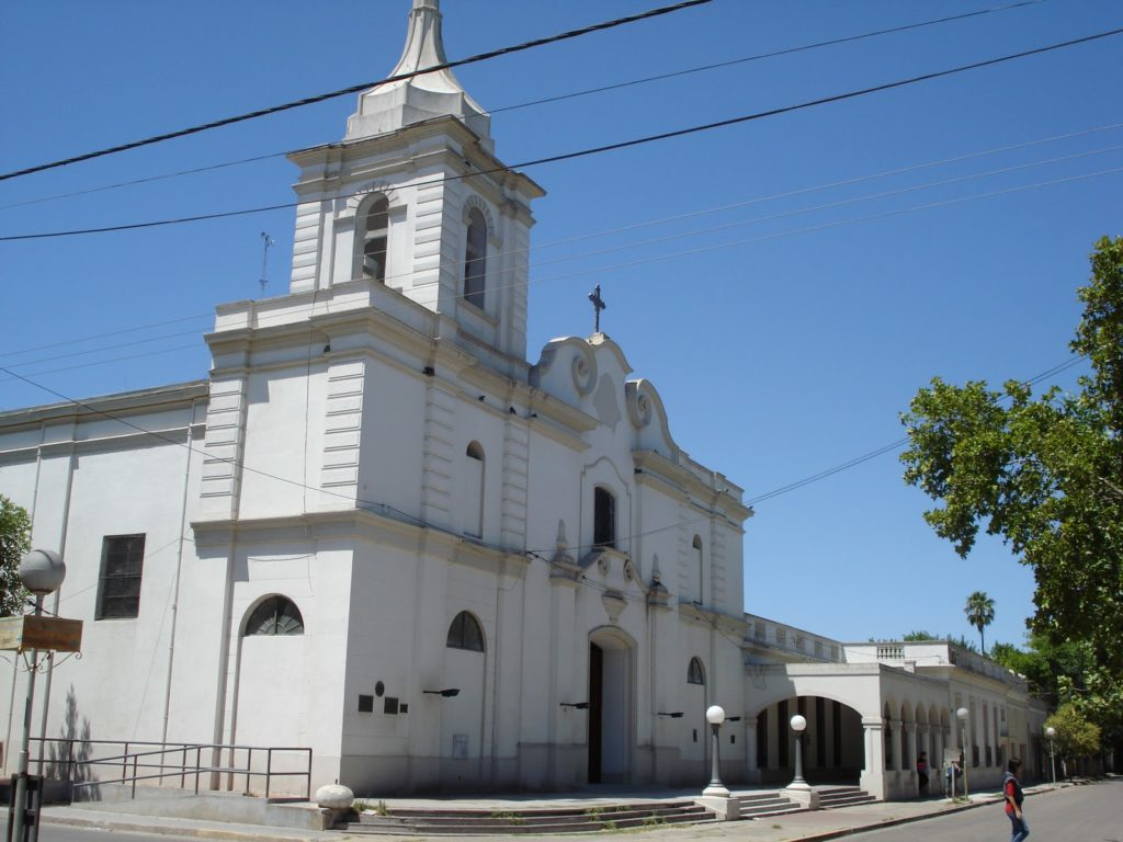 La iglesia de Nuestra Señora del Pilar. (viviranchos.blogspot.com)