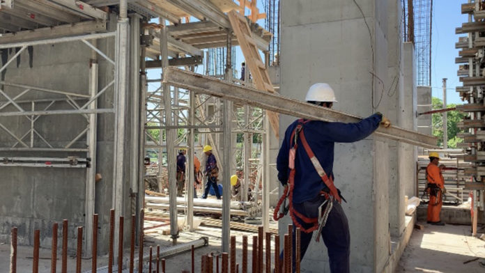 La construcción es una de las más de 200 actividades alcanzadas por el beneficio impositivo.