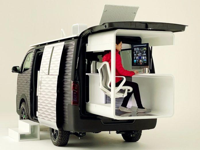 El concepto del Office Pod, una oficina retráctil incorporada en la combi NV350. (Nissan)