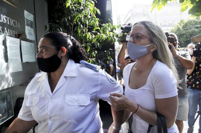 Carolina Piparo días atrás, cuando llegaba a la fiscalía platense para declarar por los hechos ocurridos el 1º de enero. (Telam)