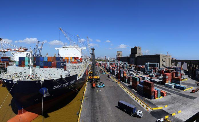 El intercambio comercial cerró 2020 con un superávit de US$ 12.528 millones