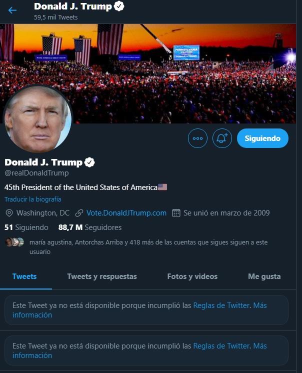 La cuenta de Twitter de Donald Trump con los tuits que fueron borrados. (Twitter @realDonaldTrump)