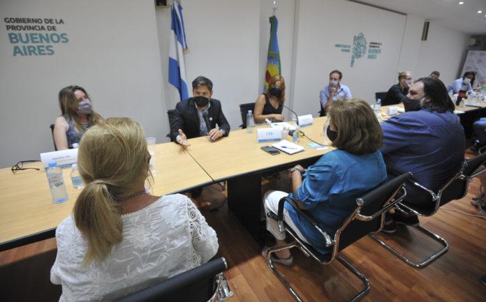 Antes del inicio de las clases, Kicillof llegó a un acuerdo salarial con los docentes