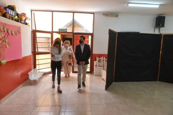 Infraestructura escolar: Vila destacó obras realizadas, aunque no descartó inconvenientes