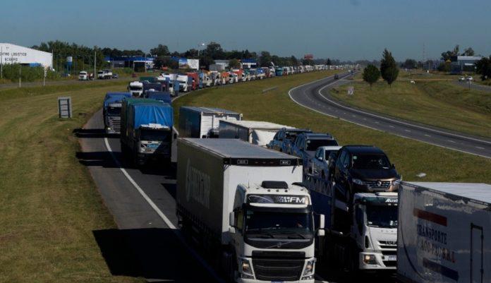 Los transportistas levantaron las medidas en la provincia tras acuerdo con el Gobierno