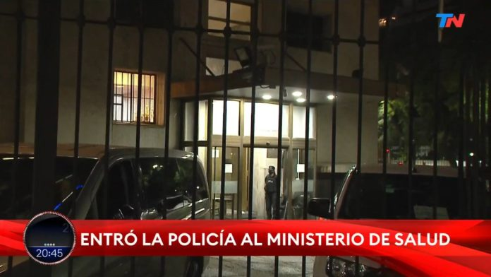 Lo ordenó la jueza Capuchetti a pedido del fiscal Taiano. También se hará un operativo en el Hospital Posadas.