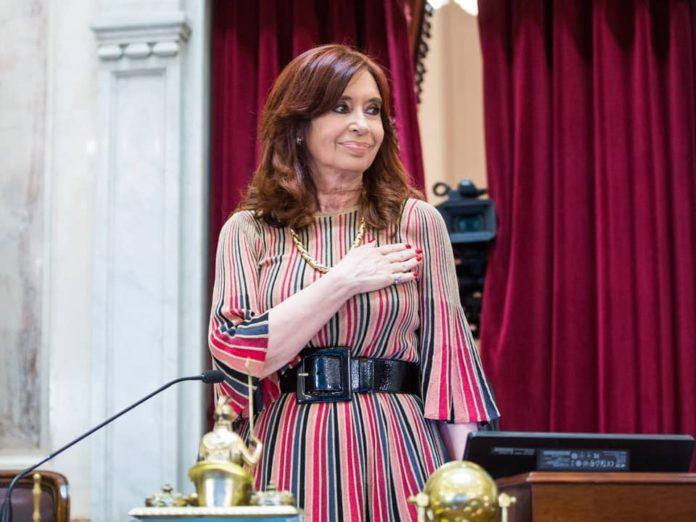 Funcionarios y dirigentes políticos saludaron a través de las redes sociales a la vicepresidenta Cristina Fernández de Kirchner en el día de su cumpleaños