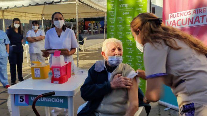 40 mil bonaerenses mayores de 60 ya fueron vacunados contra el coronavirus