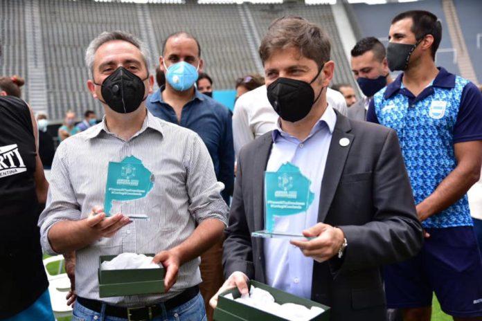 """El gobernador, Axel Kicillof y el El ministro de Desarrollo de la Comunidad, Andrés """"Cuervo"""" Larroque"""