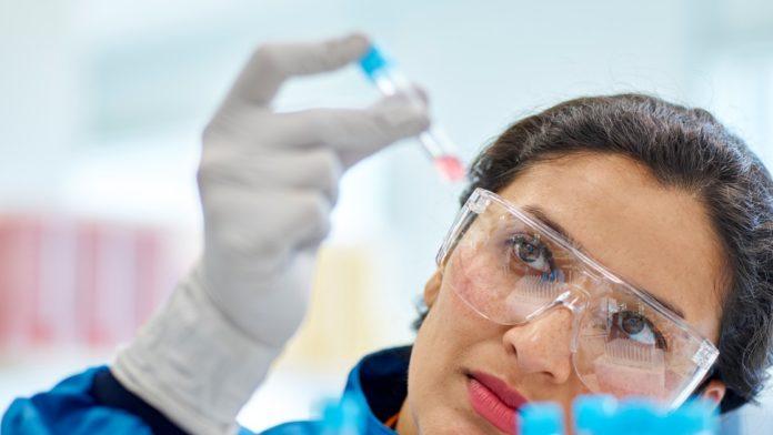 Nueva esperanza: un fármaco reduce las internaciones por Covid-19 en un 85%