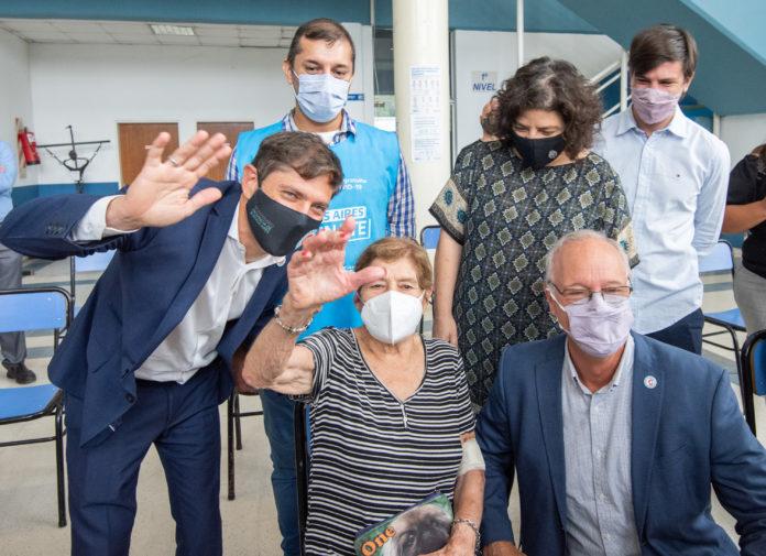 """Vizzotti con Kicillof: """"La vacunación sigue a toda marcha"""""""
