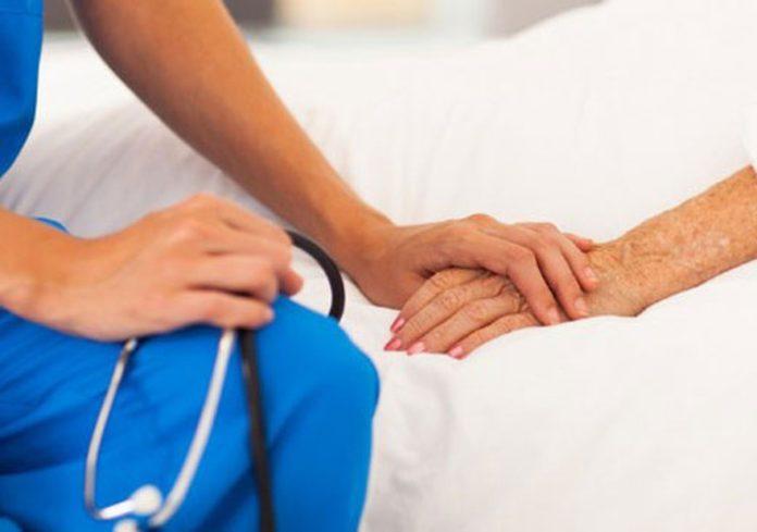 Con frecuencia, los primeros síntomas son comunes y suelen confundirse con los de enfermedades conocidas.