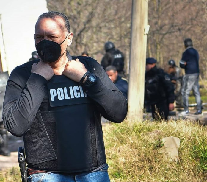 El ministro de Seguridad bonaerense, Sergio Berni, brindó detalles de la noche de extrema tensión que se vivió en la localidad bonaerense de Caseros