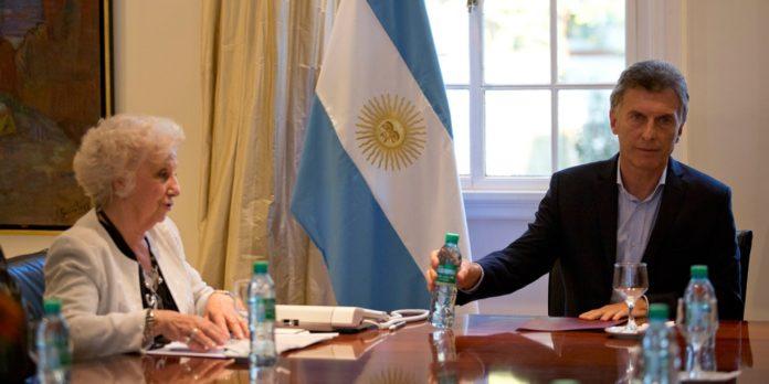"""Macri le contestó a Estela de Carlotto y dijo que las denuncias en su contra """"son inventos"""" del peronismo"""