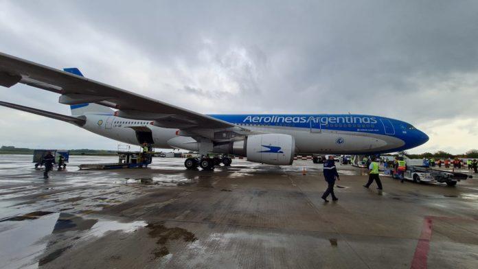 Más Sputnik V: parte otro vuelo de Aerolíneas hacia Moscú