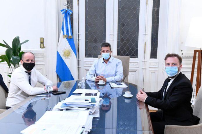 Insaurralde y Otermín le llevaron a Massa apoyo por el proyecto de Ganancias