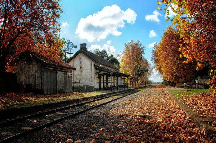 La vieja estación de Villa Pardo, hoy convertida en el Museo Bioy Casares. (Turismo Las Flores)