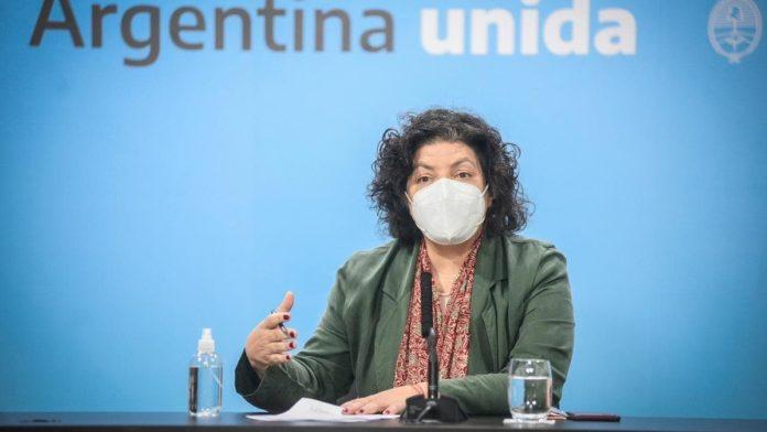 La ministra de Salud, Carla Vizzotti, respaldó este jueves la decisión de suspender la presencialidad escolar por 15 días