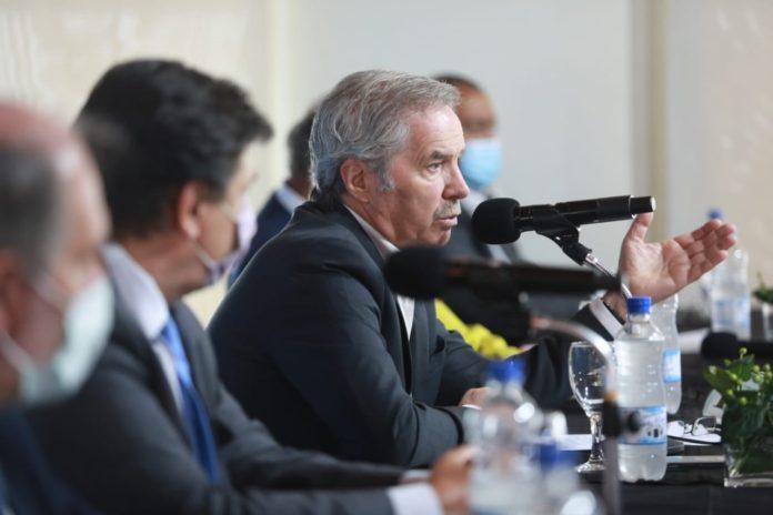 El canciller Felipe Solá volvió a referirse en las últimas horas a las demoras con las vacunas y a las trabas para avanzar en el esquema de vacunación
