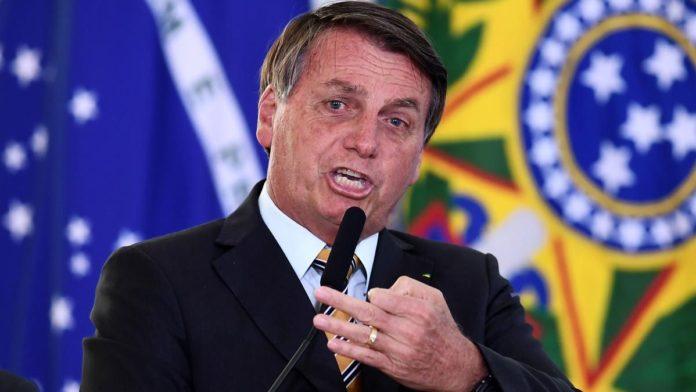El presidente de Brasil Jair Bolsonaro criticó este jueves el despliegue de las fuerzas federales en la Argentina