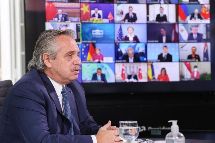 Fernández adelantó políticas sobre energías renovables y bosques nativos