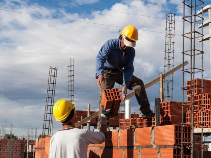 Tendencia positiva: La Construcción creció 22,7% y la industria 1,6% en febrero
