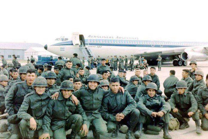 En todo el territorio argentino se recuerda a los excombatientes del conflicto por las Islas Malvinas que duró 74 días, entre abril y junio de 1982.