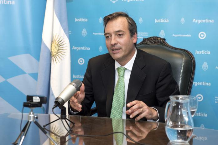 """Soria advierte a Macri: """"Hay tratados de extradición con Bolivia"""""""