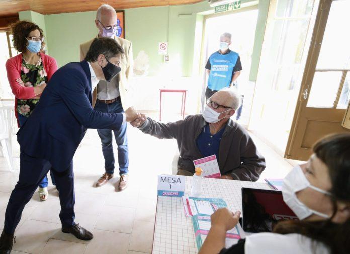 El Kicillof confirmó que derivará a Nación las vacunas que compre la provincia cuestionó que la administración de Rodríguez Larreta no respetó el decreto nacional