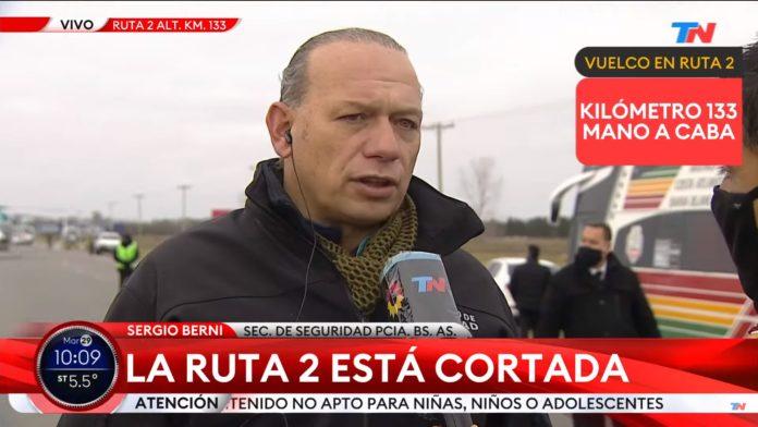 El ministro de Seguridad bonaerense, Sergio Berni, en el lugar del siniestro. (Captura de video)