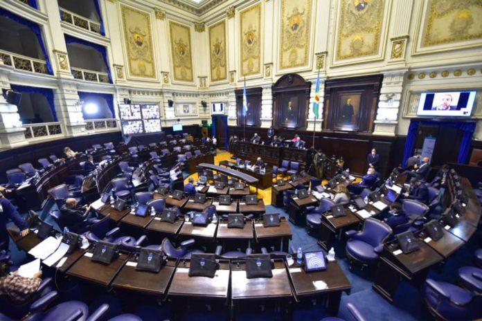 Así quedaron las listas de los tres frentes principales para la Legislatura bonaerense