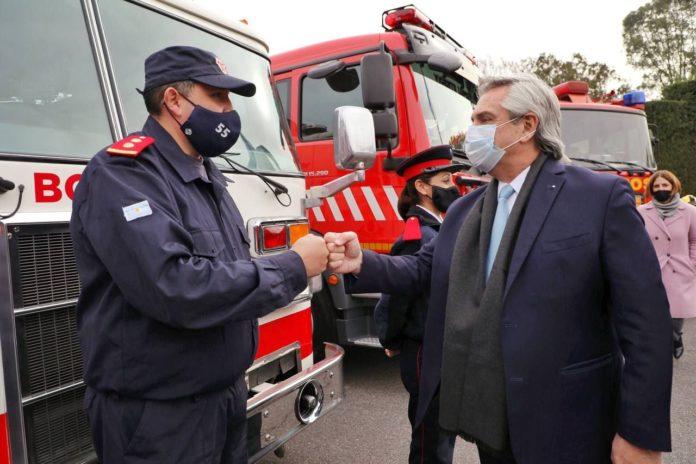 """Ley de bomberos: """"Es volver a poner las cosas en orden"""", dijo Fernández"""