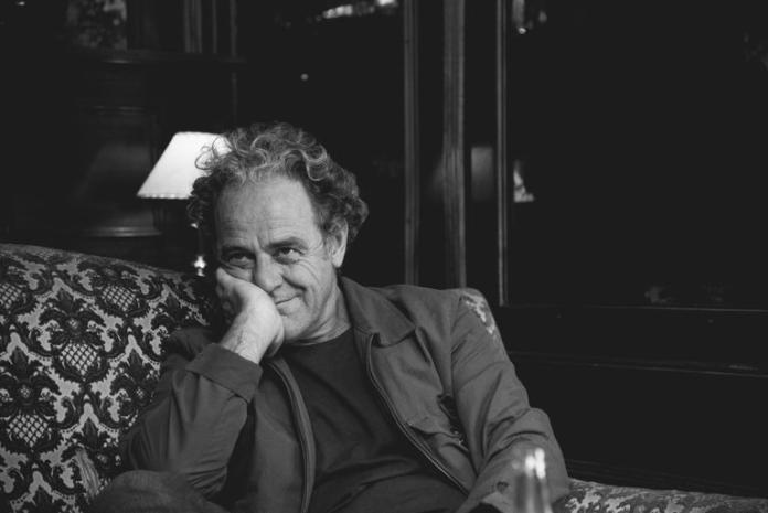 A los 61 años, murió de un infarto el escritor Juan Forn