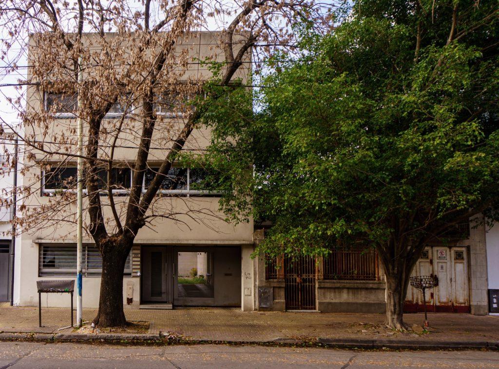 Donde estaba la casa de los Fersko hoy se levanta un edificio de departamentos. (DIB)