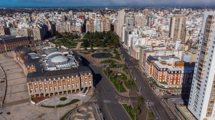 Los municipios de Mar del Plata y Bahía Blanca esperan ser ascendidos a fase 3