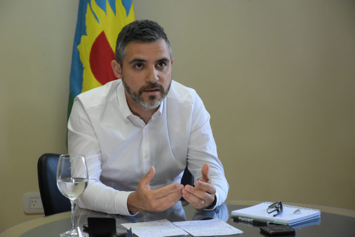 """Cristian Girard, director de ARBA, explicó que la medida """"beneficia a más de 3 millones de personas""""."""