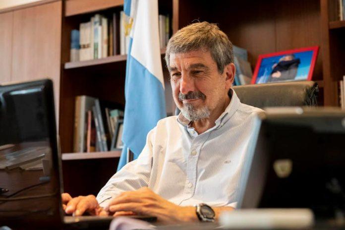 """El Ministro de Ciencia, Tecnología e Innovación, Roberto Salvarezza, estimó que """"para fin de año podríamos vivir una vida casi normal"""""""