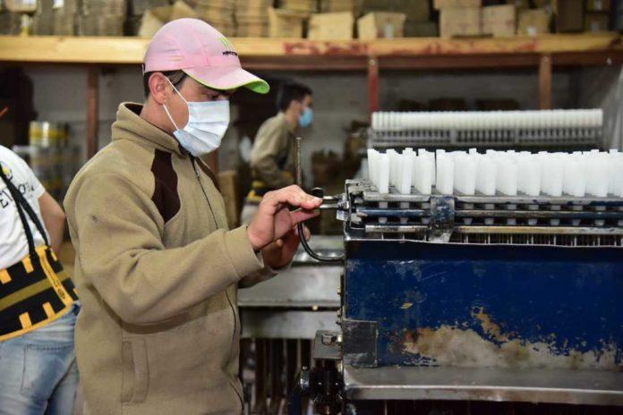 La industria creció un 46,3% en relación al mes de 2020 de mayores restricciones