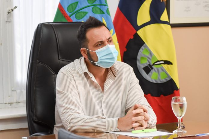 El intendente de Chacabuco, Víctor Aiola