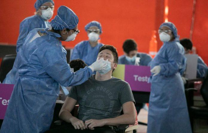 Coronavirus en Argentina: 8.606 nuevos casos y 448 muertes