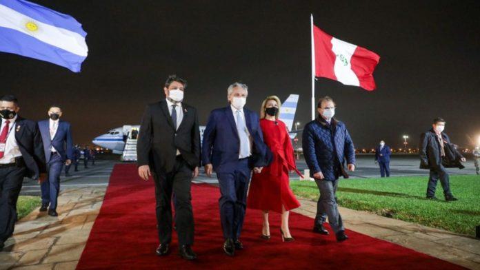 Alberto Fernández y la comitiva que viajó a Perú quedaron aislados de forma preventiva