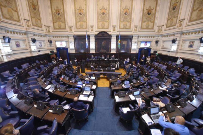 ¿Cuáles son los intendentes que irán por bancas en la Legislatura provincial?