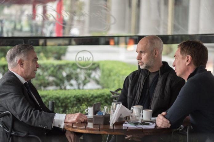 El exsenador Miguel Ángel Pichetto se reunió este miércoles con Horacio Rodríguez Larreta y Diego Santilli para definir su incorporación a la campaña electoral bonaerense de Juntos