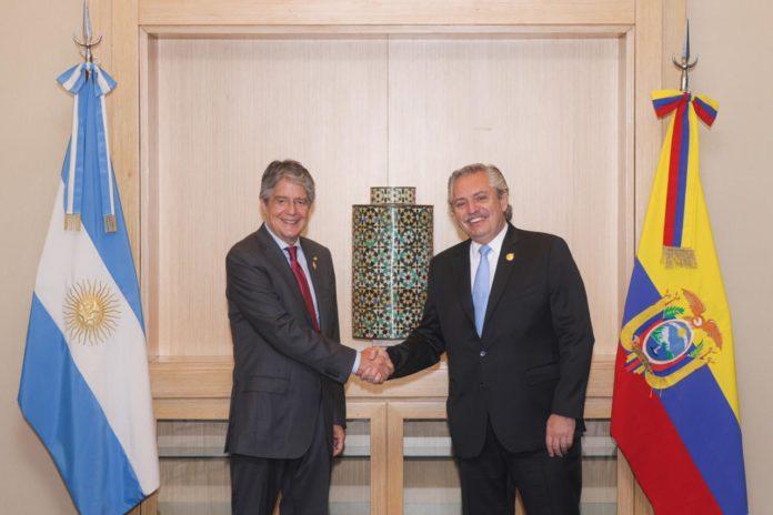 Fernández se reunió con Lasso y dijo que comparten miradas sobre América Latina