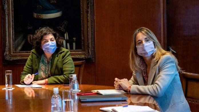 La ministra de Salud nacional, Carla Vizzotti y la asesora presidencial, Cecilia Nicolini