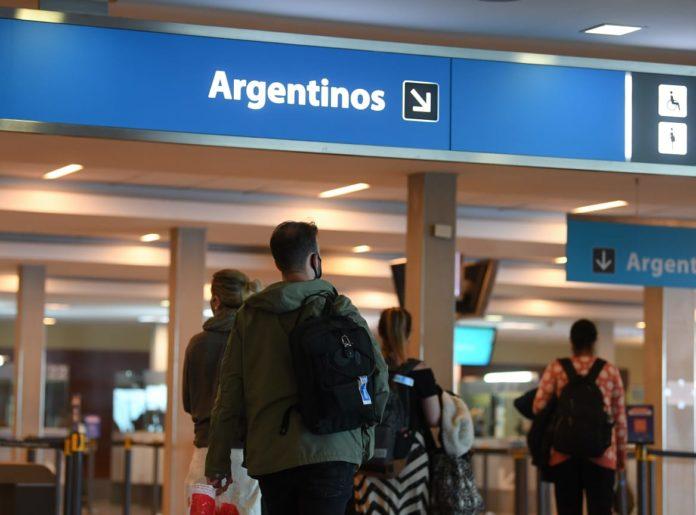 A partir de este sábado se amplía a 1700 pasajeros diarios el cupo para ingresar al país
